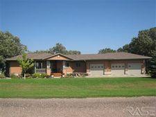 2901 N Oak Rd, Brandon, SD 57005
