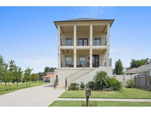 231 36th St New Orleans La 70124 Home For Sale And