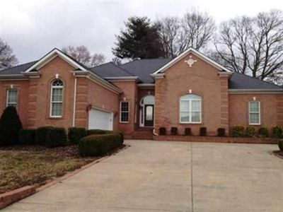 842 Chippendale Dr, Bowling Green, KY