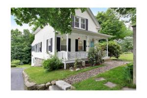 165 South St, Northborough, MA 01532