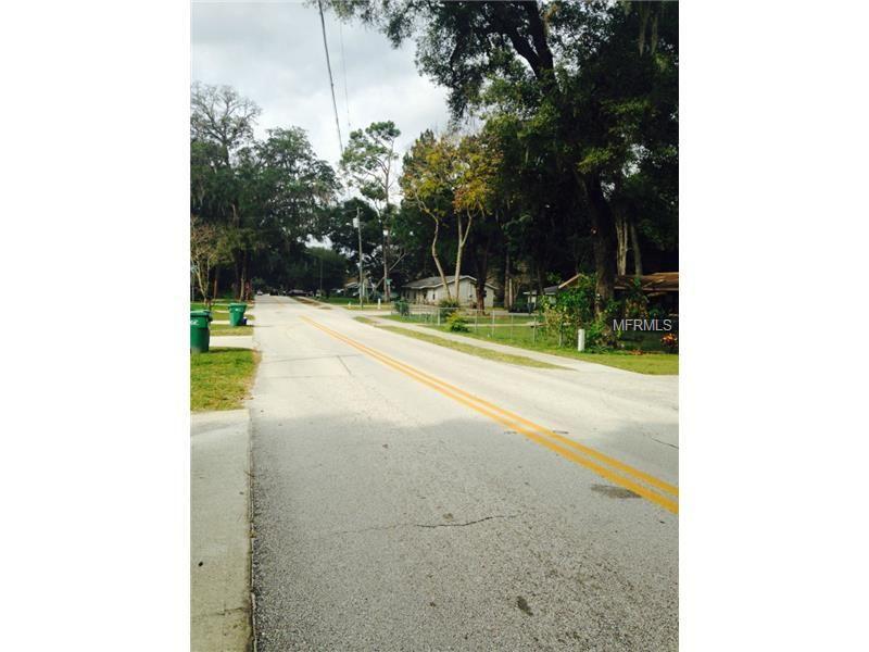 912 E Voorhis Ave, Deland, FL 32724