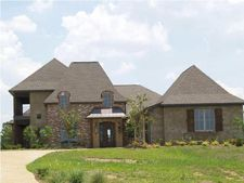 106 Andover Dr, Flora, MS 39071