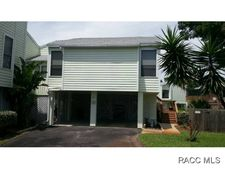 11985 W Edgeview Ct, Crystal River, FL 34429