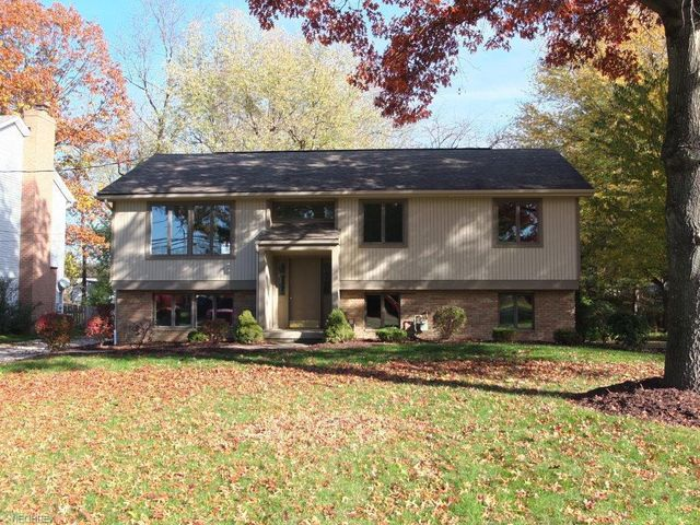 6016 lake o springs ave nw canton oh 44718 home for for 6016 area code