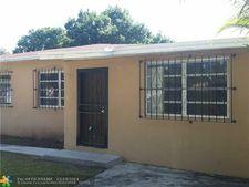 2420 Nw 29th St, Miami, FL 33142