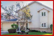 422 Meadowridge Cir, Lake Mills, WI 53551