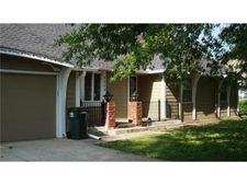 8004 E 128th St, Grandview, MO 64030