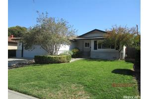 706 W Los Felis Ave, Stockton, CA 95210