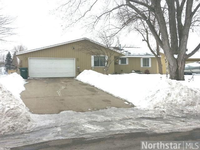 1016 127th Ln NE Blaine, MN 55434