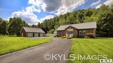 893 Ky Route 2039, Paintsville, KY 41222