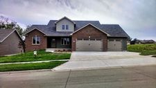 806 W Orange St, West Branch, IA 52358