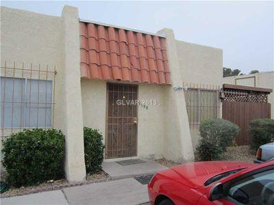 3588 Villa Knolls East Dr, Las Vegas, NV 89120
