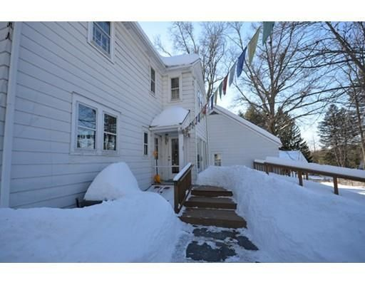 39 Old Town Rd, Amherst, MA 01002
