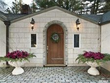 14 Berry Hill Rd, Oyster Bay Cove, NY 11771