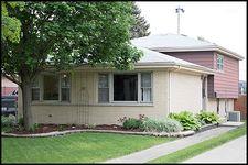 21 S Euclid Ave, Villa Park, IL 60181