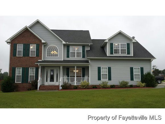 585 old field loop sanford nc 27332 3 beds 3 baths for Classic house loop