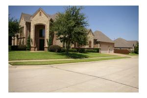 7921 Forest View Ct, North Richland Hills, TX 76182