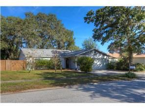 105 Meadowcross Dr, Safety Harbor, FL