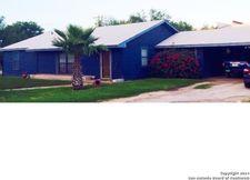 105 N 15th St, Carrizo Springs, TX 78834