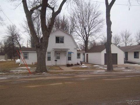405 E 4th Ave, Beaver Creek, MN 56116