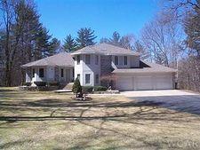 13461 Woodland Ct, Big Rapids, MI 49307