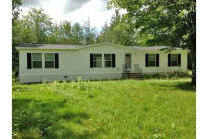 880 Avenue Rd, Exeter, ME 04435