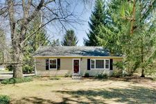 4215 Newton Rd, Walled Lake, MI 48390
