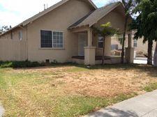 1704 N Mcdivitt Ave, Compton, CA 90221