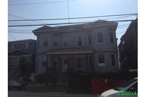 98 Trask Ave, Bayonne, NJ 07002