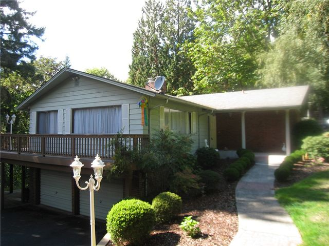 2403 w lynnwood dr longview wa 98632 home for sale and real estate listing
