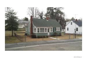 902 Kensington Ave, Colonial Heights, VA 23834
