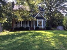 930 Pine Knoll Rd, Fort Mill, SC 29715
