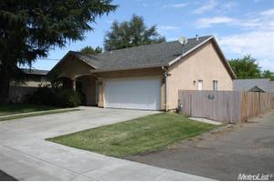 7533 Sycamore Dr, Citrus Heights, CA 95610