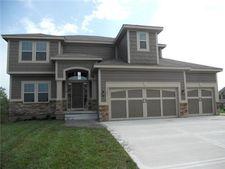 803 N Cypress Cir, Kearney, MO 64060