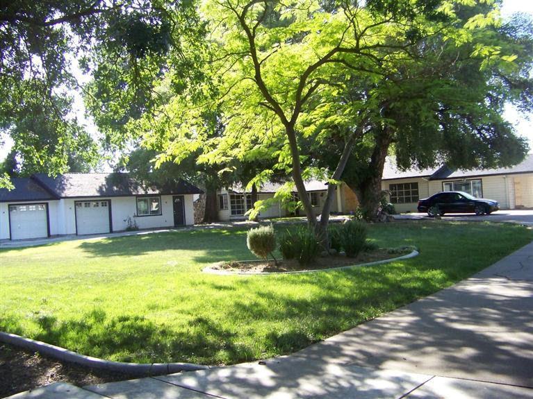 2033 Lucile Ave Stockton, CA 95209