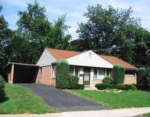 838 Laurel Ln, Northbrook, IL 60062
