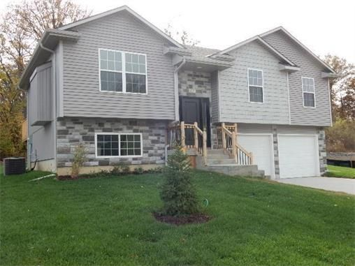 401 Division St Knob Noster Mo 65336 New Home For Sale