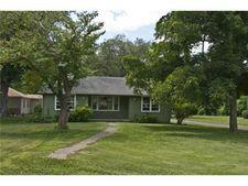 1752 Edwardsville Dr, Edwardsville, KS 66111