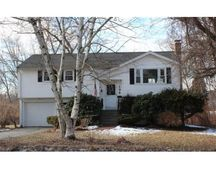 132 Mill St, Natick, MA 01760