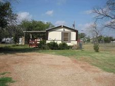 304 S Cherry St, Holliday, TX 76366
