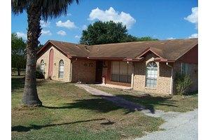 1378 Nesting Dove Cir, Sealy, TX 77474