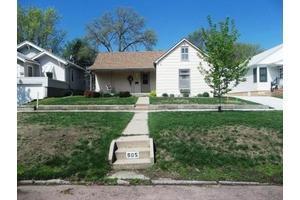 505 Green St, Yankton, SD 57078