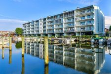 104 120th St Unit 302, Ocean City, MD 21842