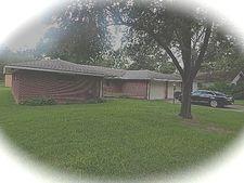 2045 Oak Ave, Port Arthur, TX 77642