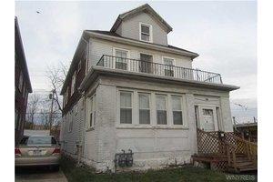 136 Taunton Pl, Buffalo, NY 14216