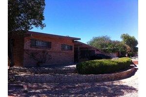 7034 E Elbow Bay Dr, Tucson, AZ 85710