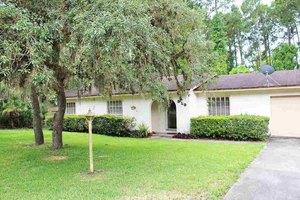 810 Prince Rd, Saint Augustine, FL 32086