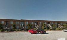 16 Navy Rd Unit 204, Montauk, NY 11954