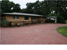 208 Navarre St, Gulf Breeze, FL 32561