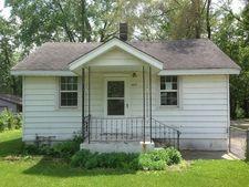 409 Sawyer Rd, Rockford, IL 61109